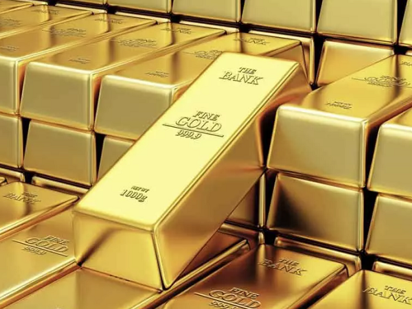 Rising gold price signals trouble ahead, but industrial metals roar on
