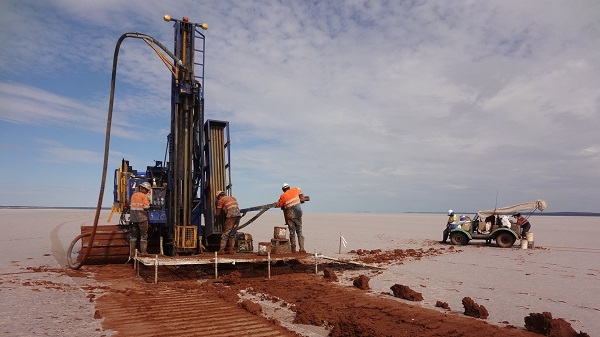 Lefroy confirms porphyry width as drilling of gold-copper prospect continues