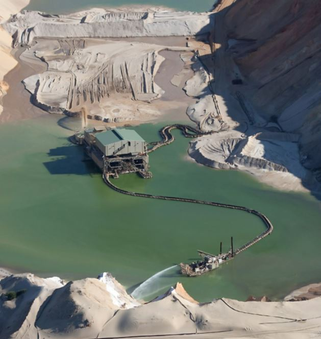 Higher mineral sands prices augur well for juniors Image and Strandline