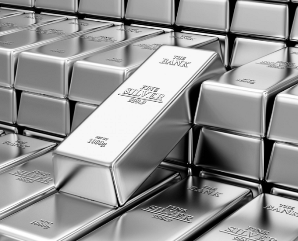 Soaring silver snatches first place in this week's precious metals rally as fears of inflation take hold