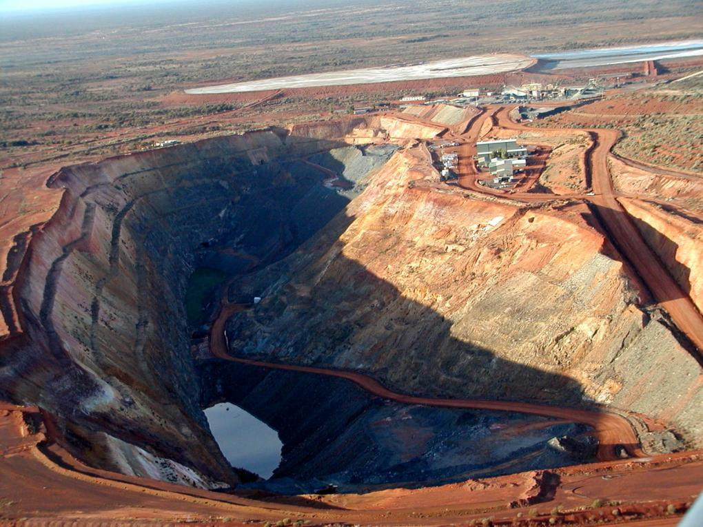 Red 5 eyes huge game-changer with switch from narrow to bulk mining at WA gold project