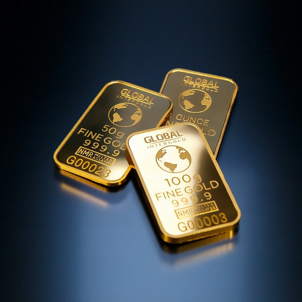 Battery stocks charge on but strong support building for good-old gold